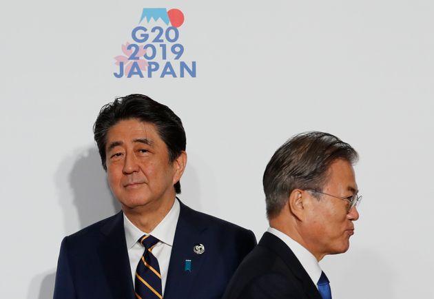 韓国 GSOMIA 破棄 韓国世論 分裂 安倍首相と文在寅大統領の画像