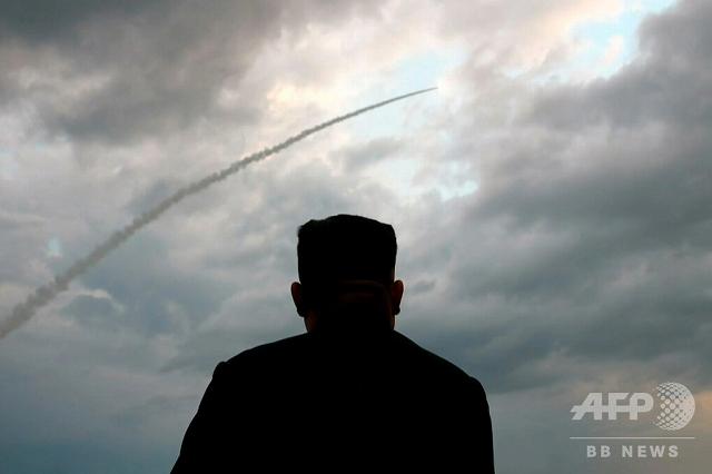北朝鮮 異例 飛翔体 日米韓 足並み 金正恩朝鮮労働党委員長の画像